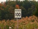 De stikstofcrisis: wat gaat er schuil achter de verlaging van de maximumsnelheid?